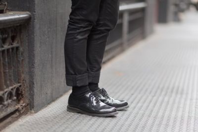 2-patent-leather-shoes-melodie-jeng-street-style_400