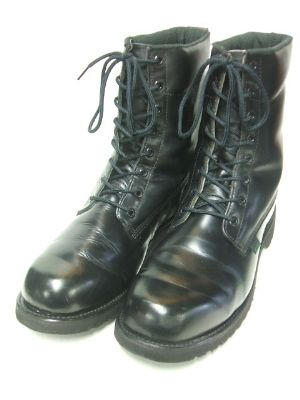 postman-boots-3