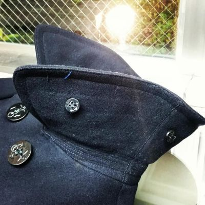10button-1940-usnavy-pcoat-chinstrap
