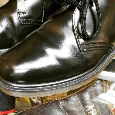 dr.martens-3hole-shoes-black