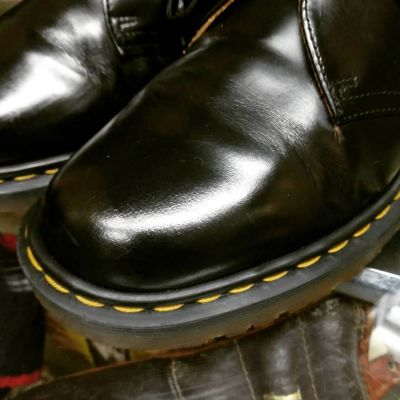 dr.martens-3hole-shoes-england1