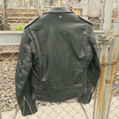 schott618-w-riders-2