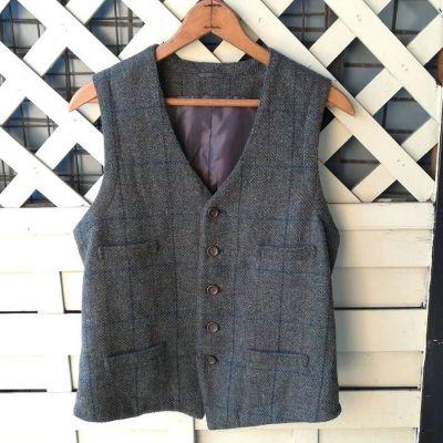 tweed-vest