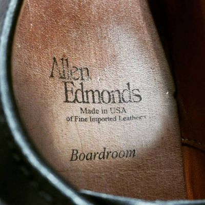 allen-edmonds-boardroom-3