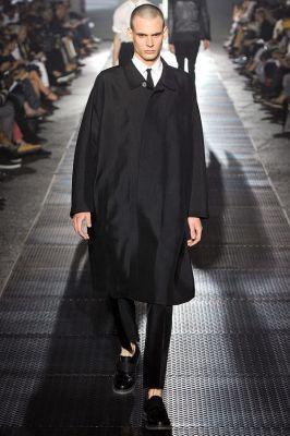 standfall-collar-coat
