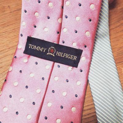 necktie-Tommy-Hilfiger-2