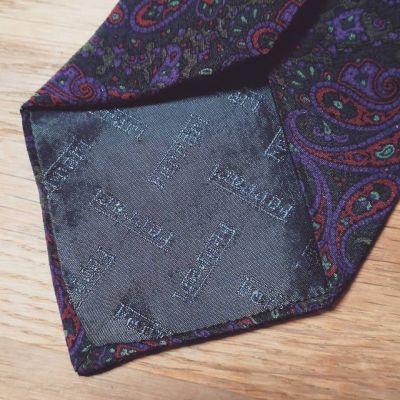necktie-ferrari-1.