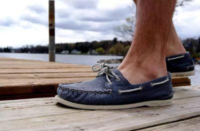 navy-deckshoes