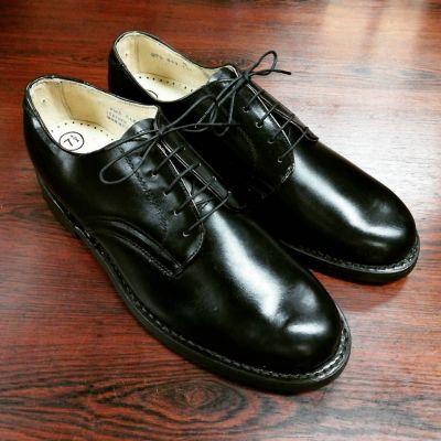 70s-service-shoes-newold-1