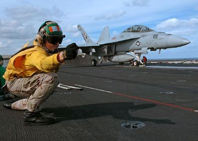 aircraft-carrier-soldier-4