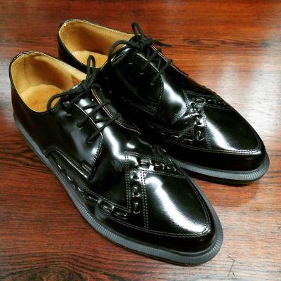 dr-martens-3hole-black-1