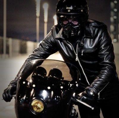 leather-tracker-jacket-5
