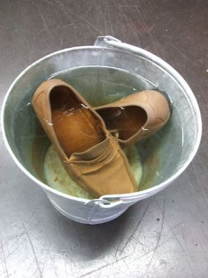 Churchs-Suede-Loafers-washing