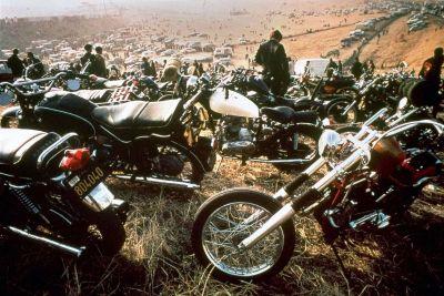 HELLS-ANGELS-bikers-1