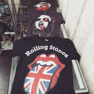 rolling-stones-tong-tee