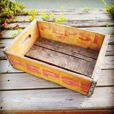 60s-pepsi-cola-woodbox