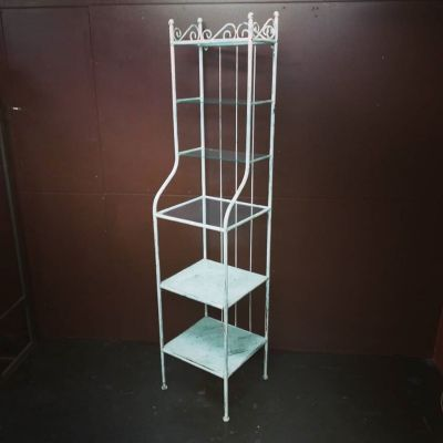 metal-shelf