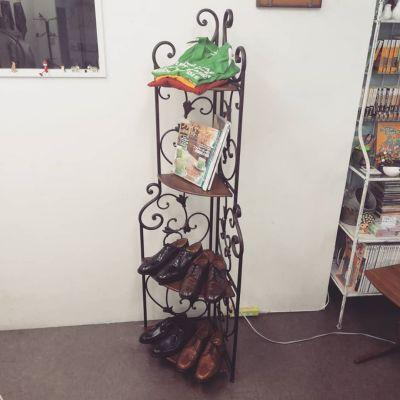 shelf-wood