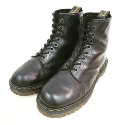 8hole-drmartens-boots