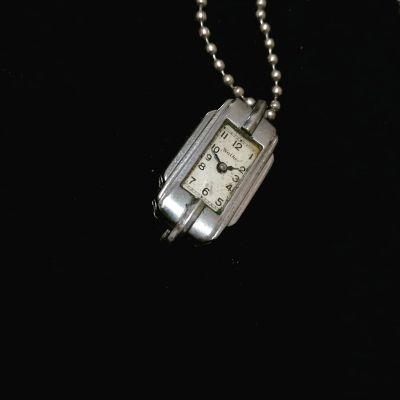 antique-watch-necklace-1