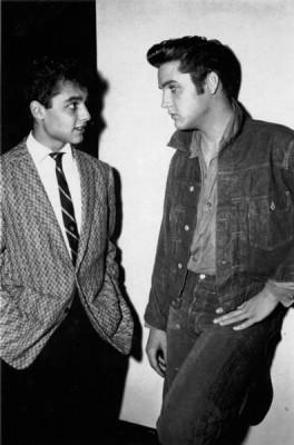 Elvis-with-Sal-Mineo