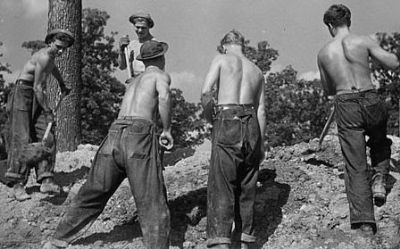 american_made_jeans_1930s_large_400