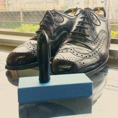 コードヴァン革靴の前のスティック